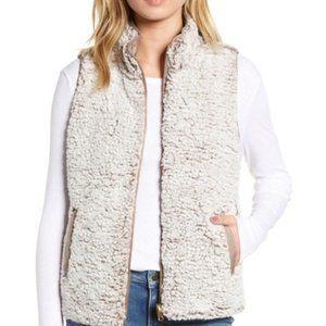 Thread & Supply   Sherpa Vest NWT